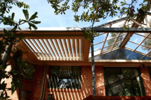 benefits f having a louvered roof